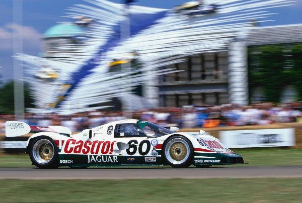 2002 Goodwood Festival of SpeedGoodwood, England. 12th - 14th July 2002.Jaguar XJR 10.World Copyright: Jeff Bloxham/LAT Photographicref: 35mm Image A15