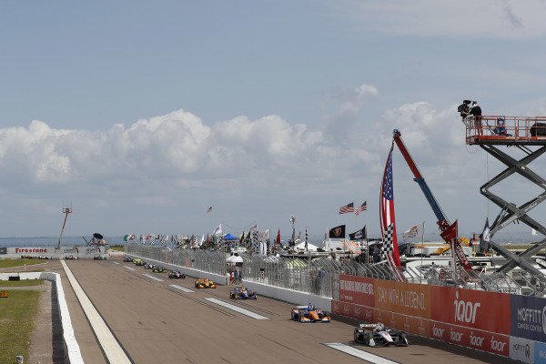 Josef Newgarden, Team Penske Chevrolet leads Scott Dixon, Chip Ganassi Racing Honda