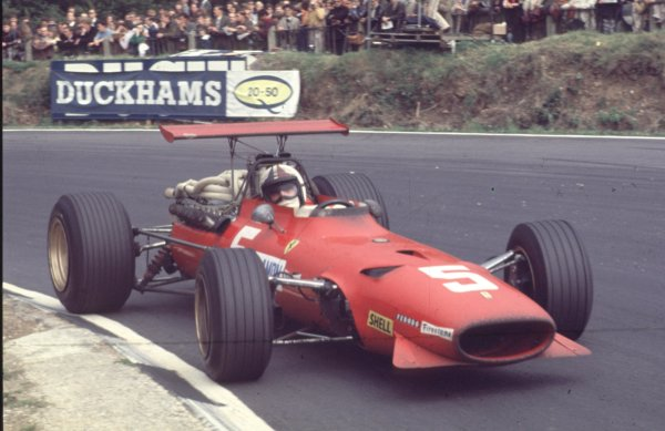 1968 British Grand Prix.Brands Hatch, England.18-20 July 1968.Chris Amon (Ferrari 312) 2nd position.Ref-68 GB 27.World Copyright - LAT Photographic