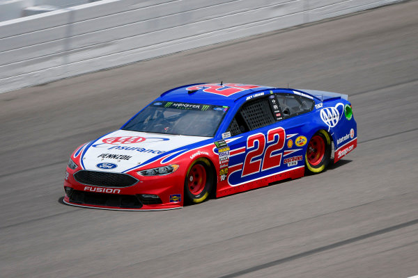 #22: Joey Logano, Team Penske, Ford Fusion AAA Insurance