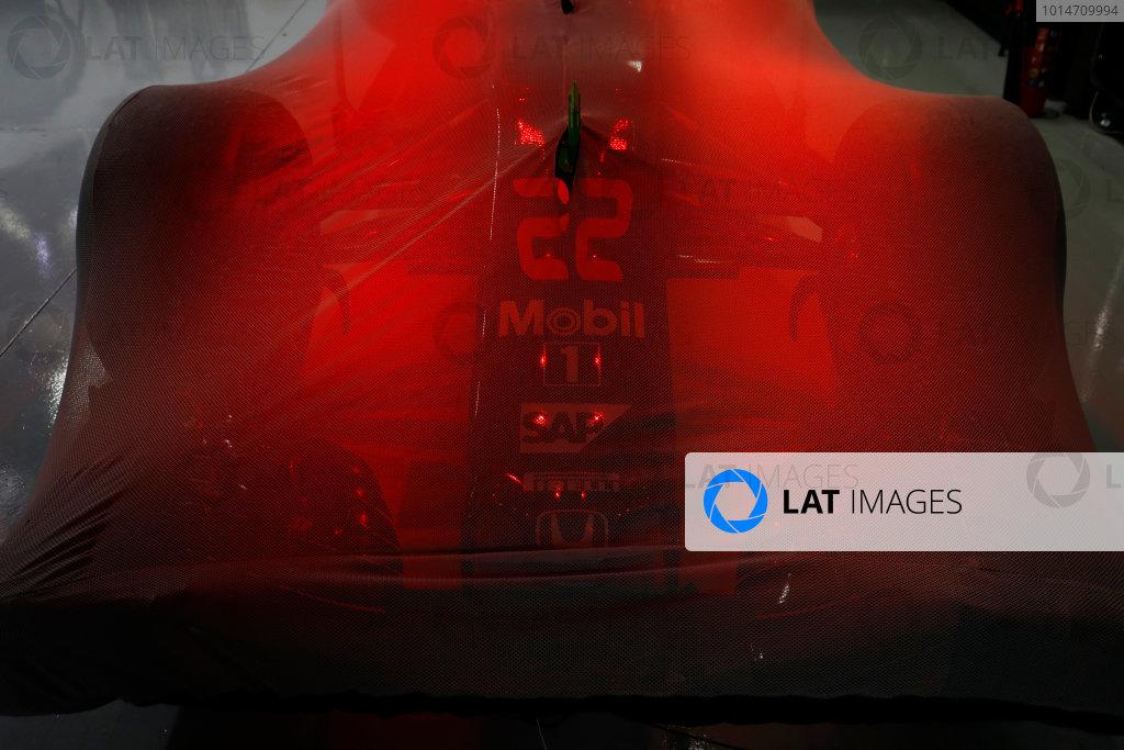 Suzuka Circuit, Japan. Saturday 08 October 2016. The car of Jenson Button, McLaren MP4-31 Honda, under Parc Ferme conditions. World Copyright: Steven Tee/LAT Photographic ref: Digital Image _R3I7713