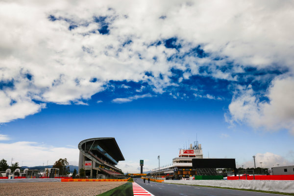 Circuit de Catalunya, Barcelona, Spain. Thursday 11 May 2017. Clouds over the circuit on the main straight. World Copyright: Andy Hone/LAT Images ref: Digital Image _ONZ2979