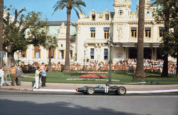 Monte Carlo, Monaco. 19-22 May 1966.  Graham Hill (BRM P261) 3rd position, at Casino Square.  Ref: 66MON04. World Copyright: LAT Photographic