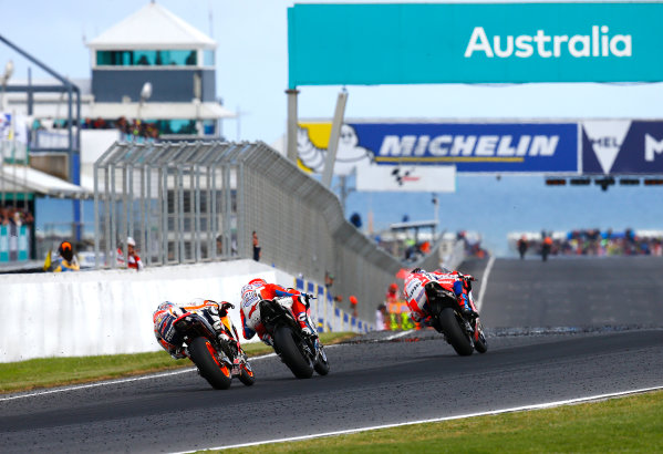 2017 MotoGP Championship - Round 16 Phillip Island, Australia. Sunday 22 October 2017 Scott Redding, Pramac Racing, Andrea Dovizioso, Ducati Team, Dani Pedrosa, Repsol Honda Team World Copyright: Gold and Goose / LAT Images ref: Digital Image 24617