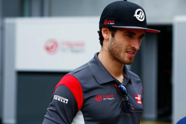 Sepang International Circuit, Sepang, Malaysia. Thursday 28 September 2017. Antonio Giovinazzi, Haas F1 Team.  World Copyright: Andy Hone/LAT Images  ref: Digital Image _ONZ8359