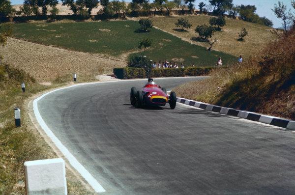 Pescara, Italy. 16-18 August 1957. Juan Manuel Fangio, Maserati 250F, 2nd position. Ref: 57PES12. World Copyright - LAT Photographic