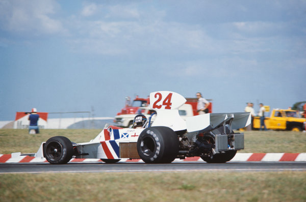 1975 Argentinian Grand Prix  Buenos Aires, Argentina. 10-12th January 1975.  James Hunt, Hesketh 308B Ford, 2nd position.  Ref: 75ARG12. World copyright: LAT Photographic