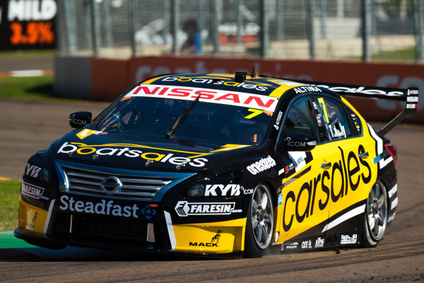 2017 Supercars Championship Round 7.  Townsville 400, Reid Park, Townsville, Queensland, Australia. Friday 7th July to Sunday 9th July 2017. Todd Kelly drives the #7 Carsales Racing Nissan Altima. World Copyright: Daniel Kalisz/ LAT Images Ref: Digital Image 070717_VASCR7_DKIMG_344.jpg