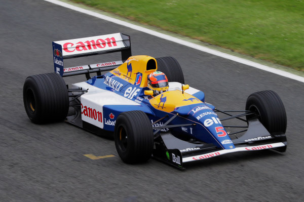 Williams 40 Event Silverstone, Northants, UK Friday 2 June 2017. Karun Chandhok demonstrates an FW14 Renault. World Copyright: Zak Mauger/LAT Images ref: Digital Image _54I1965