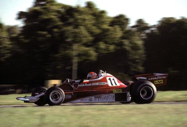 Niki Lauda (AUT) Ferrari 312T2 retired from the race on lap 21 with a broken fuel metering unit. 