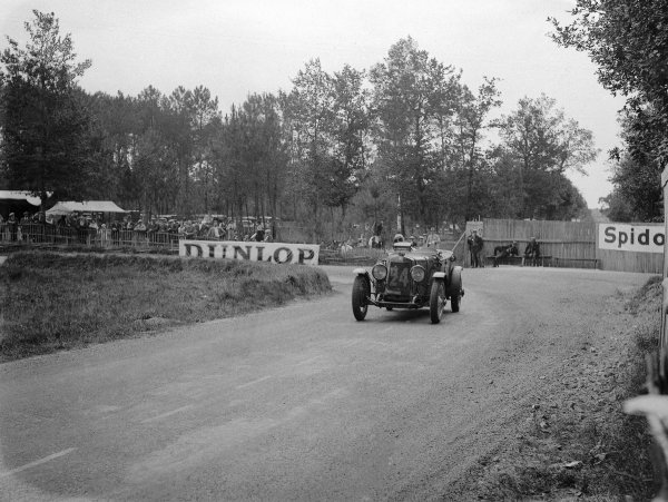 1930 Le Mans 24 hours.Le Mans, France. 21-22 June 1930.Kenneth Peacock/Sammy Newsome (Lea Francis S), 6th position.Ref-Motor 739/6.World Copyright - LAT Photographic