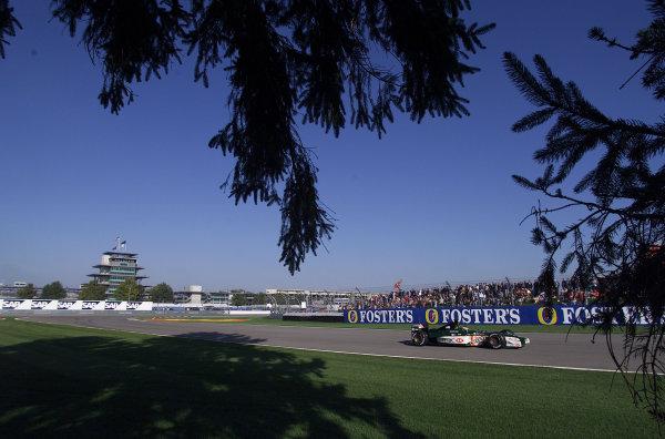 2001 American Grand Prix - QualifyingIndianapolis, United States. 29th September 2001.Pedro De La Rosa, Jaguar R2, action.World Copyright: Steve Etherington/LAT Photographicref: 18mb Digital Image