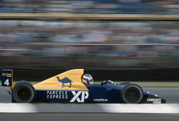 Jean Alesi, Tyrrell 018 Ford.