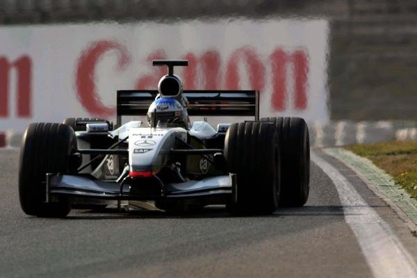 Alex Wurz (AUT) McLaren MP4 - 17