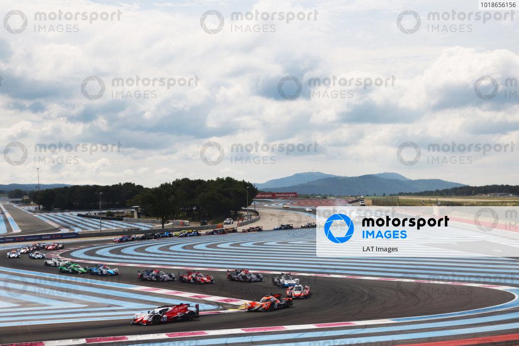 Start of the race, #41 Oreca 07 - Gibson / TEAM WRT / Louis Deletraz / Robert Kubica / Yifei Ye leads