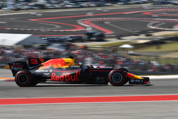 Daniel Ricciardo (AUS) Red Bull Racing RB13 at Formula One World Championship, Rd17, United States Grand Prix, Race, Circuit of the Americas, Austin, Texas, USA, Sunday 22 October 2017.