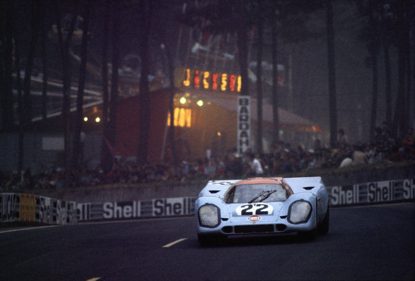 David Hobbs / Mike Hailwood, J. W. Automotive Engineering, Porsche 917K.
