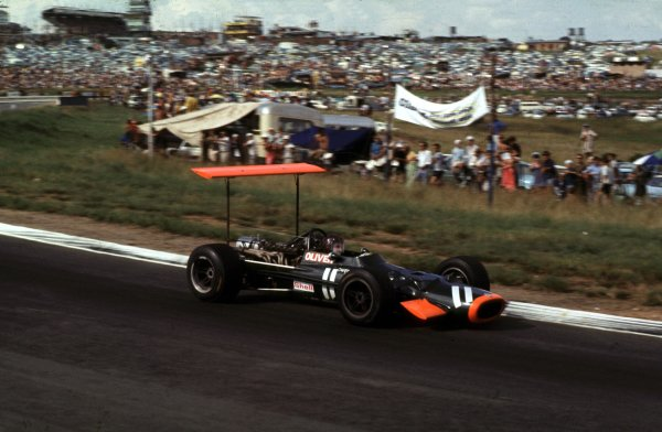 1969 South African Grand Prix.Kyalami, South Africa.27/2-1/3 1969.Jackie Oliver (BRM P138) 7th position.Ref-69 SA 42.World Copyright - LAT Photographic