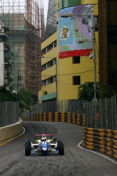 Circuit de Guia, Macau. 18th - 21st November 2010.James Calado (GBR) Carlin Dallara Volkswagen.World Copyright: Ebrey/LAT Photographic.