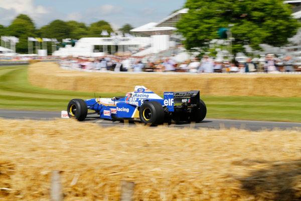 2014 Goodwood Festival of Speed  Goodwood Estate, West Sussex, England. 26th - 29th June 2014.  Sunday 29 June 2014. Damon Hill Drives the Williams 1996 F1 Winning Car. World Copyright: Adam Warner/LAT Photographic. ref: Digital Image _L5R7816