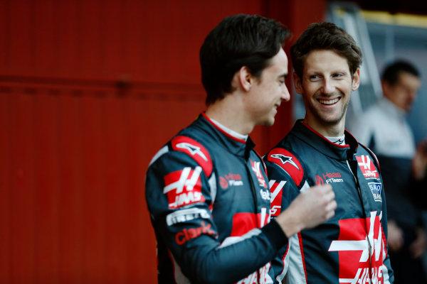 Circuit de Catalunya, Barcelona, Spain Monday 22 February 2016. Romain Grosjean, Haas F1, and Esteban Gutierrez, Haas F1, unveil the Haas VF-16 Ferrari. World Copyright: Sam Bloxham/LAT Photographic ref: Digital Image _79P9120