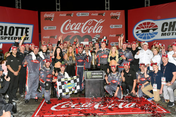 Monster Energy NASCAR Cup Series Coca-Cola 600 Charlotte Motor Speedway, Concord, NC USA Monday 29 May 2017 Austin Dillon, Richard Childress Racing, Dow Salutes Veterans Chevrolet SS celebrates his win in Victory Lane World Copyright: Nigel Kinrade LAT Images ref: Digital Image 17CLT2nk10539