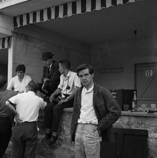 Spa-Francorchamps, Belgium. 16-18 June 1961.Jackie Lewis (Cooper T53-Climax), 9th position, portrait.World Copyright: LAT Photographic.Ref: 9252.