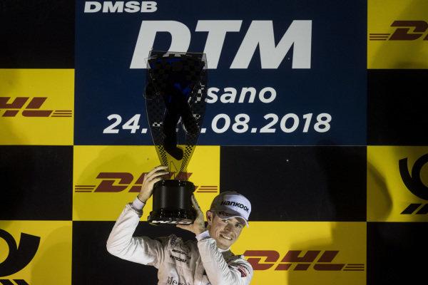 Podium: Race winner Paul Di Resta, Mercedes-AMG Team HWA, Mercedes-AMG C63 DTM.