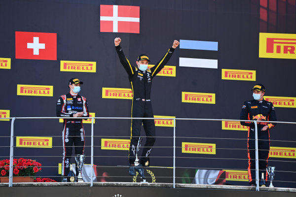Winner Christian Lundgaard (DNK, ART GRAND PRIX) celebrates on the podium with Louis Deletraz (CHE, CHAROUZ RACING SYSTEM) and Juri Vips (EST, DAMS)