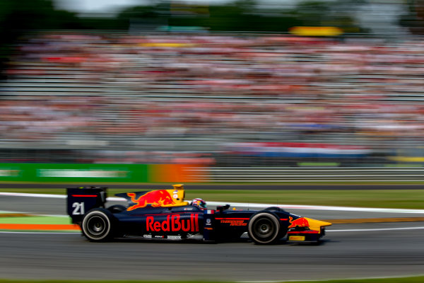 2016 GP2 Series Round 9. Autodromo Nazionale di Monza, Monza, Italy. Sunday 4 September 2016. Pierre Gasly (FRA, PREMA Racing)  Photo: Zak Mauger/GP2 Series Media Service. ref: Digital Image _L0U6029