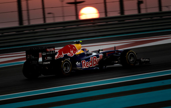Yas Marina Circuit, Abu Dhabi, United Arab Emirates12th November 2011.Mark Webber, Red Bull Racing RB7 Renault. Action. World Copyright:Glenn Dunbar/LAT Photographic ref: Digital Image _G7C4462