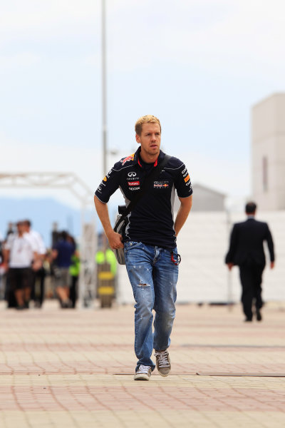 Korea International Circuit, Yeongam-Gun, South Korea. Sunday 6th October 2013. Sebastian Vettel, Red Bull Racing. World Copyright: Charles Coates/LAT Photographic. ref: Digital Image _X5J0568
