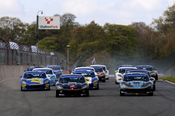 2014 Protyre Motorsport Ginetta GT5 Challenge, Oulton Park, Cheshire. 19th April 2014. Start of Race 2 George Gamble (GBR) TCR Ginetta G40 leads. World Copyright: Ebrey / LAT Photographic.