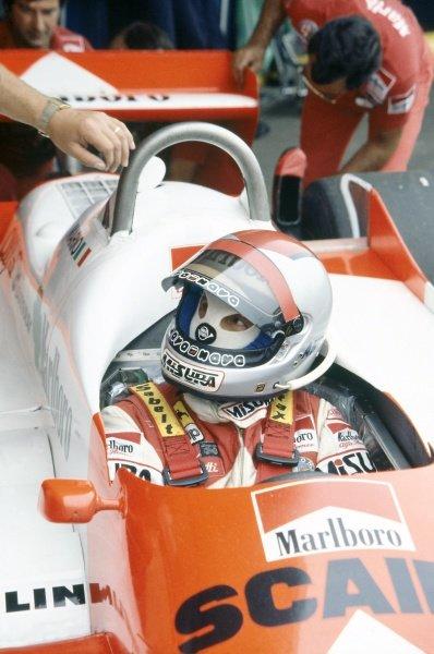 1981 Argentinian Grand Prix.Buenos Aires, Argentina. 10-12 April 1981.Mario Andretti (Alfa Romeo 179C), 8th position. Portrait, helmet.World Copyright: LAT PhotographicRef: 35mm transparency 81ARG09