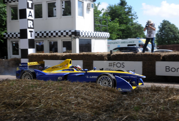 2016 Goodwood Festival of Speed Goodwood Estate, West Sussex,England 23rd - 26th June 2016 Formula E Charles Pic Renault World Copyright : Jeff Bloxham/LAT Photographic Ref : Digital Image