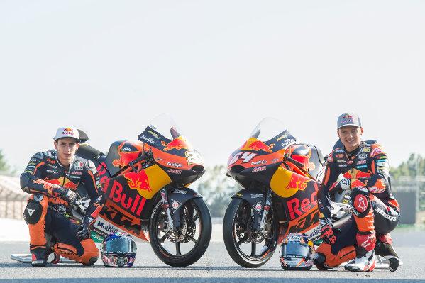 2017 Moto3 Championship - Round 7 Circuit de Catalunya, Barcelona, SpainThursday 8 June 2017 Niccolo Antonelli, Red Bull KTM Ajo, Bo Bendsneyder, Red Bull KTM Ajo World Copyright: Gold & Goose Photography/LAT Images ref: Digital Image 675599