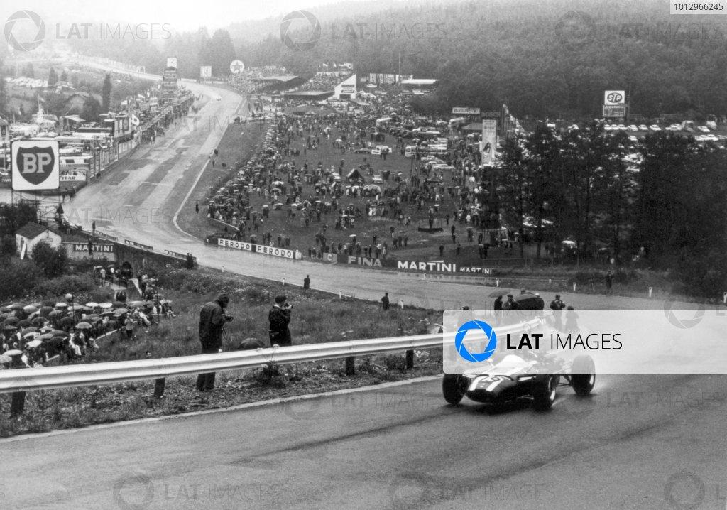 1966 Belgian Grand Prix.Spa-Francorchamps, Belgium. 12 June 1966.Jochen Rindt, Cooper T81-Maserati, 2nd position, action.World Copyright: LAT PhotographicRef: b&w print