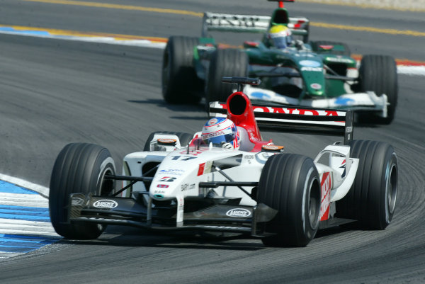 2003 German Grand Prix - Sunday Race, Hockenheim, Germany.3rd August 2003.Jenson Button, B-A-R Honda 005, leads Mark Webber, Jaguar R4, action.World Copyright LAT Photographic.Digital Image Only.