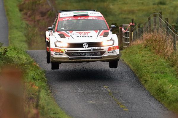 4 Matthew Edwards / Darren Garrod - VW Polo GTi R5