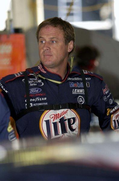 2002 NASCAR,Kansas City,Ks. Sept 26-29, 2002 USA -Rusty Wallace,Copyright-Robt LeSieur2002LAT Photographic