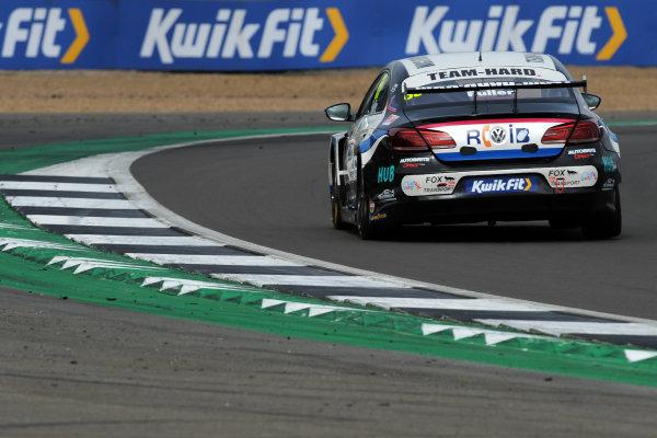 Howard Fuller (GBR) - RCIB Insurance Racing with Team HARD. Volkswagen CC