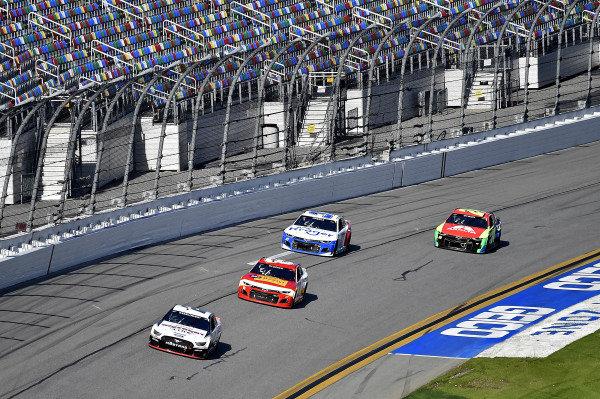#2: Brad Keselowski, Team Penske, Ford Mustang Discount Tire, #37: Ryan Preece, JTG Daugherty Racing, Chevrolet Camaro Kroger/Coca-Cola, and 24\