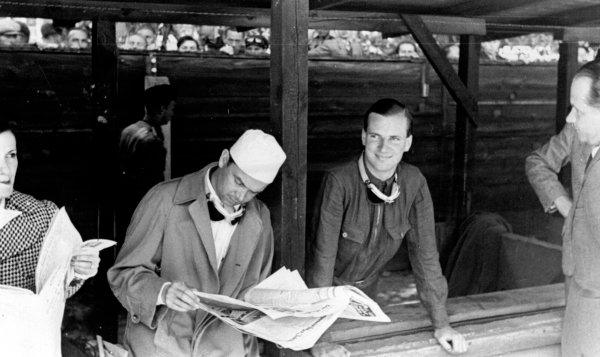 Avus, Berlin, Germany.Rudolf Caracciola (left) and Dick Seaman.Published-Autocar 4/6/1939 p1103.World Copyright - LAT Photographic