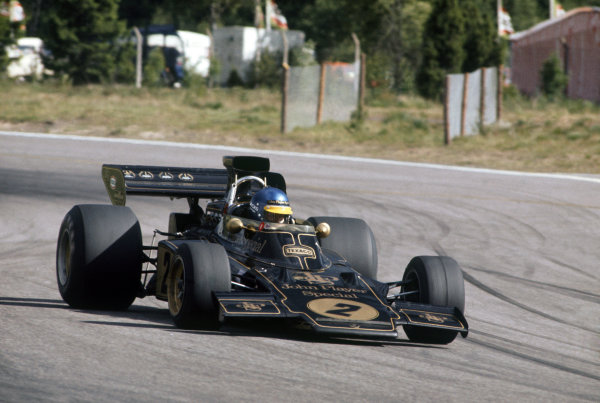 Anderstorp, Sweden. 17 June 1973. Ronnie Peterson, (Lotus 72D-Ford), 2nd position, action. World Copyright: LAT Photographic Ref: 73SWE