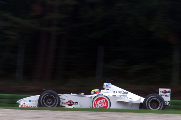 2000 German Grand Prix.Hockenheim, Germany. 28-30 July 2000.Ricardo Zonta (B.A R. 002 Honda).World Copyright - Bellanca/LAT Photographicref: 5mb digital Practice