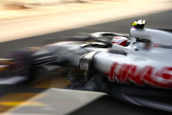 Kevin Magnussen, Haas F1 Team VF-18, leaves the garage