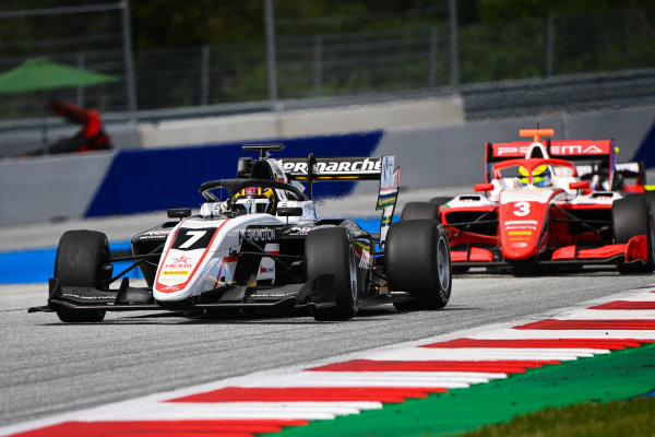 Theo Pourchaire (FRA, ART GRAND PRIX) and Logan Sargeant (USA, PREMA RACING) a