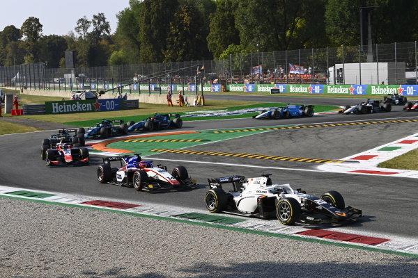 Matteo Nannini (ITA, Campos Racing), Enzo Fittipaldi (BRA, Charouz Racing System), Marino Sato (JPN, Trident)