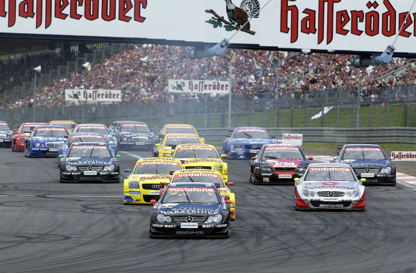 2002 DTM Championship Nurburgring, Germany. 2th - 4th August 2002. Start of the race.World Copyright: Andre Irlmeier/LAT Photographic
