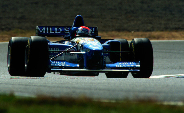 1995 Pacific Grand Prix.Tanaka International, Aida, Japan.20-22 October 1995.Johnny Herbert (Benetton B195 Renault) 6th position.World Copyright - LAT Photographic